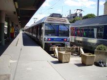 Train SNCF pour Versailles plus