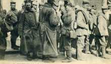 Groupe de prisonniers Allemand pour Versailles plus